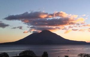 Guatemala Lake Atitlan pic