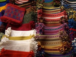 Guatemalan textiles pic
