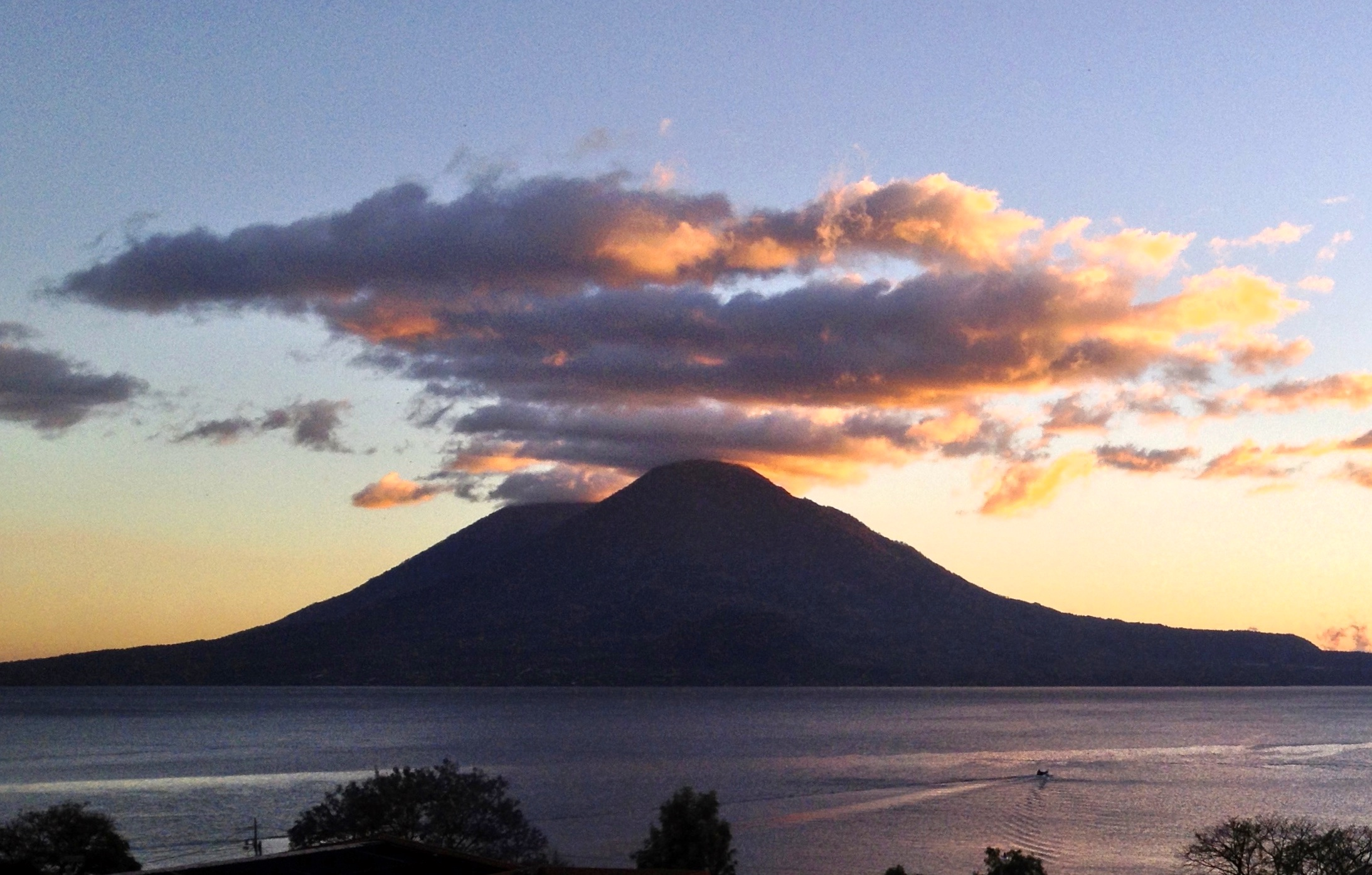 Glimpses Of Guatemala One Of The Most Beautiful Places On Earth Understanding The Guatemalan